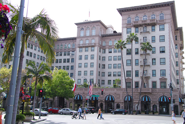 Beverly-Wilshire-A-Four-Seasons-Hotel-Rodeo-Drive[1]
